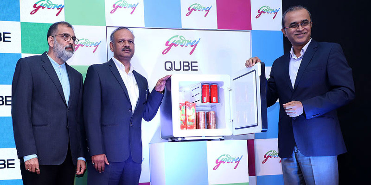 (From left to right): Mr Sanjay Lonial, Assistant Vice President – Thermoelectric Application Development, Godrej Appliances; Mr. Anup Bhargava, Product Group Head – Godrej Appliances; Mr Kamal Nandi, Business Head and Executive Vice President – Godrej Appliances, at Qube launch)